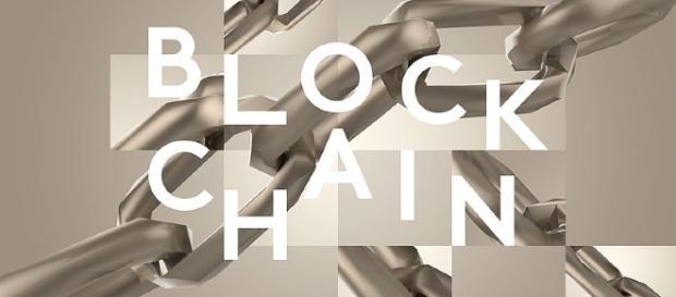 blockchain, block chain, bitcoin/ by Davidstankiewicz CC BY-SA 4.0 via wikimedia