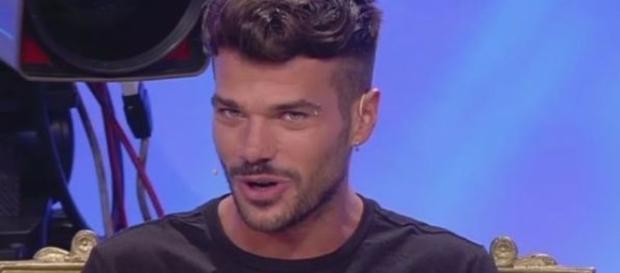 Claudio Sona accusato dall'ex fidanzato Juan Sierra