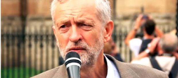 Jeremy Corbyn speaking outside parliament / YouTube/RevolutionBahrainMC