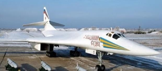 strategic bomber Tu-160m2 screencap from Le0_Nat Via Youtube