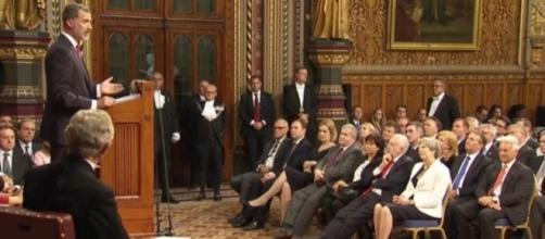 ANTENA 3 TV | Felipe VI confía en el diálogo bilateral para una ... - antena3.com