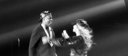 "Beyoncé and Jay-Z embracing, following their performance of ""Diva/Bow Down/Tom Ford"" - https://commons.wikimedia.org/wiki/File:Jay_Z_Beyonce.jpg"