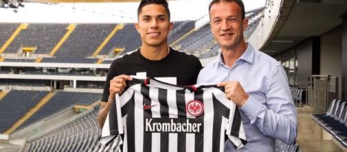 Carlos Salcedo ficha con el Frankfurt