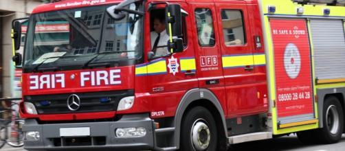 Coche de bomberos. Public Domain.