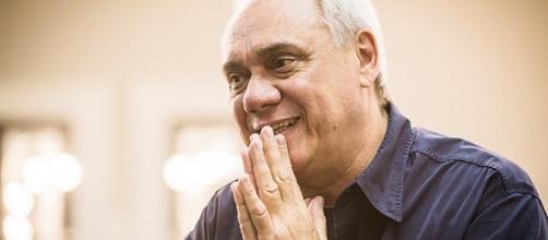 Marcelo Rezende passa a adotar tratamento alternativo contra o câncer