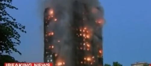 LONDON MASSIVE BUILDING FIRE/ Screencap USNews Today via Youtube