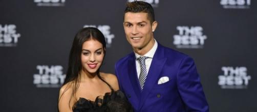 Namorada de Cristiano Ronaldo será a mãe do quarto filho do craque