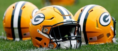 Packers release two running backs - packers.com