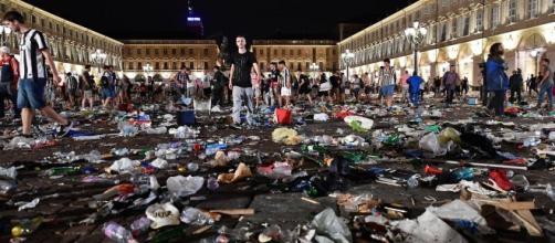 Torino, Piazza san Carlo nel caos