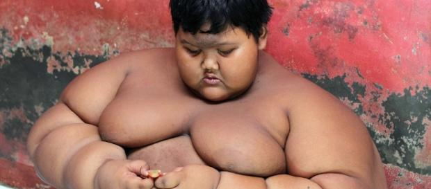 El niño más gordo del mundo tiene sólo 10 años - TKM United States - mundotkm.com