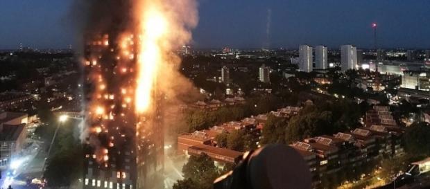 London fire: 12 confirmed dead after Grenfell Tower blaze – Express ... - expressdigest.com