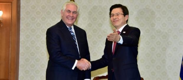 Secretary of State meets with South Korean acting president, March 2017 | via State Department