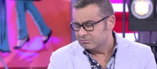 Jorge Javier rechaza el Premio Triángulo en directo