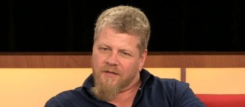 Photo Michael Cudlitz screen capture from YouTube video / Los Angeles Times