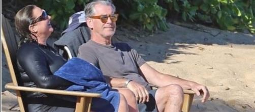Pierce Brosnan and wife Keely Shaye Smith enjoyed a beach vacation in Hawaii. Photo - YouTube Channel/DailyRead
