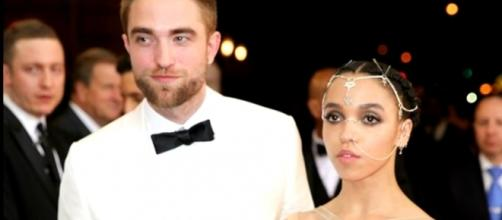 Robert Pattinson and FKA Twigs are reportedly not in good terms. Photo by Galina Golden/YouTube Screenshot