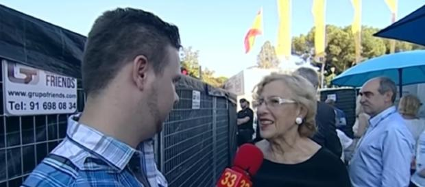 David Enguita con Manuela Carmena en el Orgullo lgtb