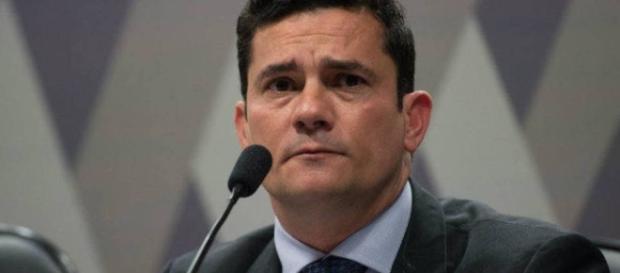 Decisão de ministro do Supremo, tira familiar de Lula das mãos do juiz Sérgio Moro. ( Foto: Reprodução)