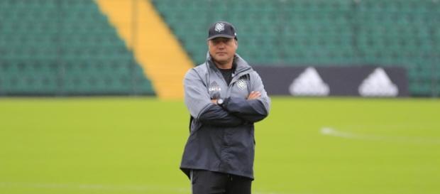Márcio Goiano é mais um técnico a ser demitido na Série B (Foto: Reprodução)