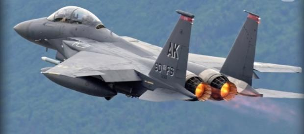 Pentagon Agrees to F-15 Fighter Arms Deal Worth $12 Billion with Qatar / Wochit Politics Youtube