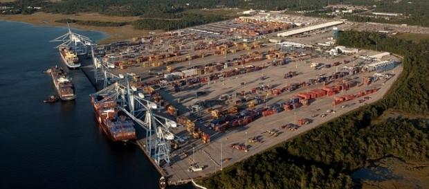 Photo Wando Welch Terminal by South Carolina Ports Authority / CC BY-SA 3.0