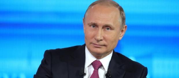 Vladimir Putin: We will provide asylum to James Comey if he's ... - washingtonexaminer.com