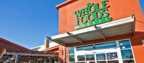 Amazon will buy the organic food retailer WholeFoods