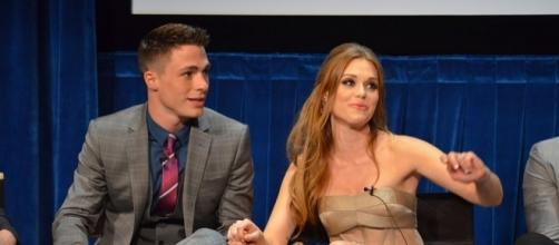 Colton Haynes & Holland Roden On Stage @ Paley - https://commons.wikimedia.org/wiki/File:Teen_Wolf_Cast_5,_2012.jpg