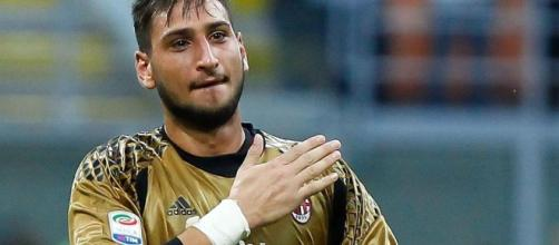 Donnarumma non rinnova con il Milan, accusato di tradimento: non è stato l'unico.