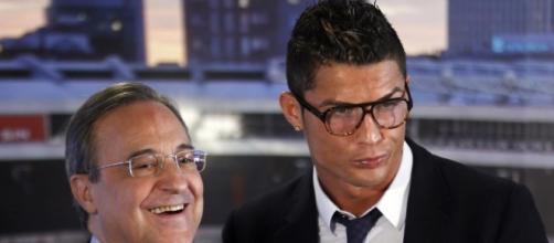 Florentino Pérez y Cristiano Ronaldo durante un acto