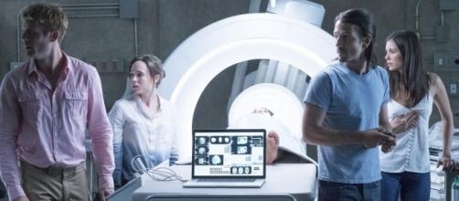 """James Morton, Ellen Page, Diego Luna y Nina Dobrev en la nueva versión de """"Flatliners"""" (vía SEAT42F - seat42f.com)"""