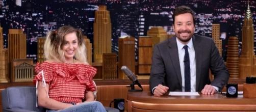 Miley Cyrus reveals why she quit marijuana - ew.com