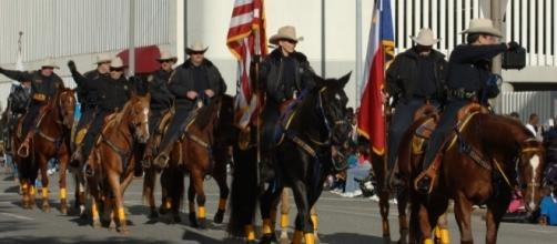 Texas Sheriffs at parade in downtown Houston, TX. / Image by Ed Uthman via Flickr | CC BY-SA 2.0