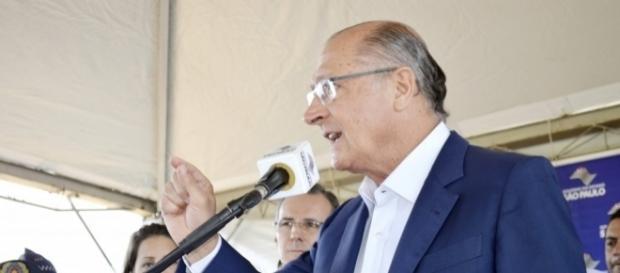 Alckmin sancionou no dia 27 de junho regras de teletrabalho (home office) no serviço público