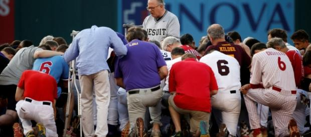 Annual US Congress baseball game brings unity after shooting of Rep. Steve Scalise the day before. / from 'AOL' - aol.com