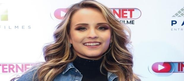 Aos 16 Larissa Manoela é uma das atrizes mais influentes do país