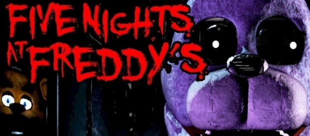 Five Nights at Freddy's: Gameplay Walkthrough | SwimmingBird941/YouTube