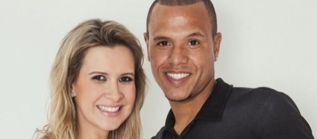 Jogador Luís Fabiano e sua mulher Juliana Paradela