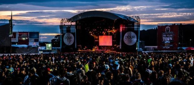 La plus grande scène de Dour : The Last Arena avec 20 000 personnes
