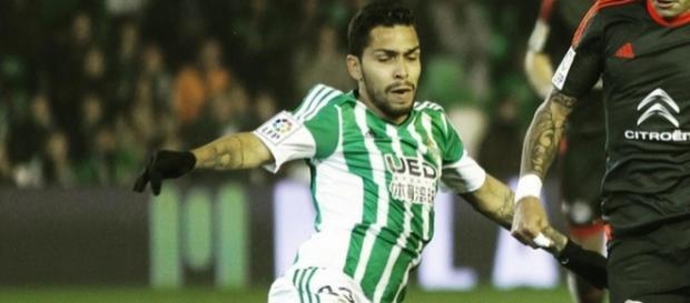Petros está desde 2015 no Betis (Foto: Reprodução)