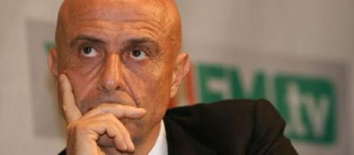 Il Ministro dell'Interno Minniti chiarisce sui migranti
