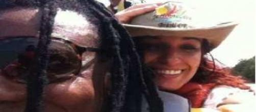 O casal Bino Farias do 'Cidade Negra' e Marcele