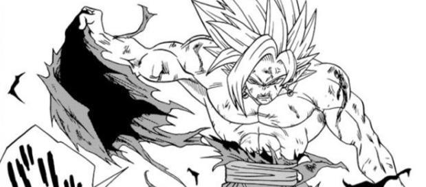 Black Goku desprende su traje roto