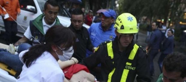 Colombia: Bombing at mall kills 3, including French woman - screencap rMr. NoticiaYoutube