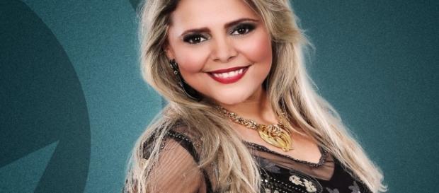 Eliza Clívia morreu instantaneamente após o automóvel em que estava ter batido em um ônibus