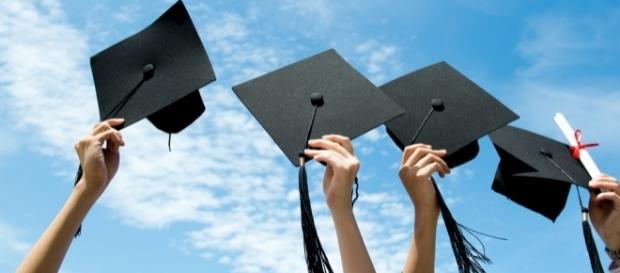Goodbye College, Hello Real World - theodysseyonline.com