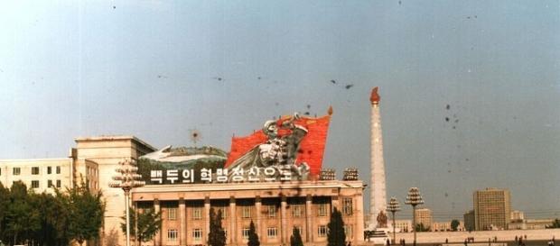 Pyongyang, Juche Tower, North Korea (wikimedia Derzsi Elekes Andor)