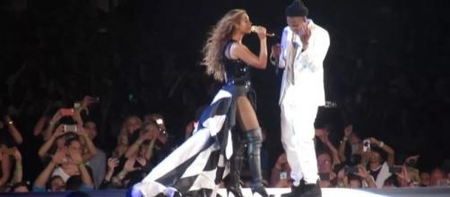 Beyoncé and Jay-Z performing at Safeco Field - https://commons.wikimedia.org/wiki/File:Beyonc%C3%A9_Jay_Z_Seattle_5.jpg