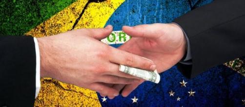 Jeitinho brasileiro contradiz indignação popular contra a corrupção