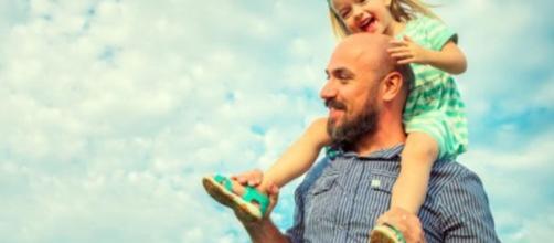 La fuerza del padre, un reconocimiento para el legado paterno.